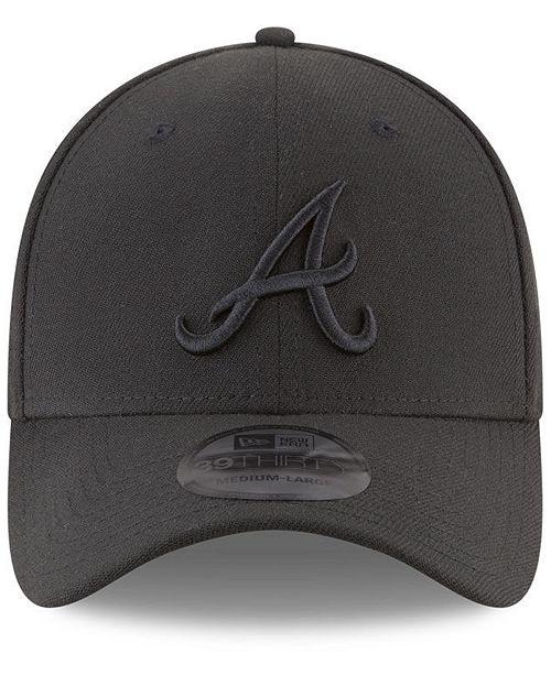 pretty nice ca36f 3f259 ... New Era Atlanta Braves Blackout 39THIRTY Cap ...
