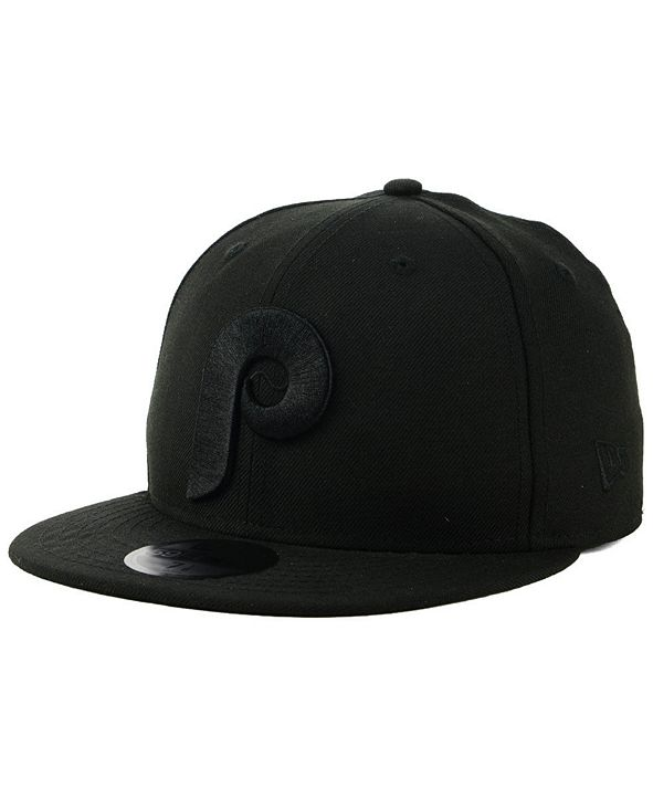 New Era Philadelphia Phillies Blackout 59FIFTY Fitted Cap