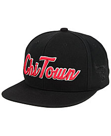 Mitchell & Ness Chicago Bulls Town Snapback Cap