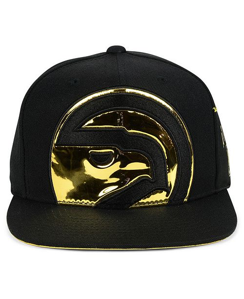 online retailer 6bb29 cfc08 ... discount code for mitchell ness. atlanta hawks patent cropped snapback  cap 08285 4e435
