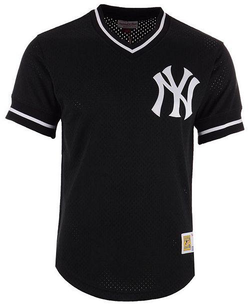 Mitchell   Ness Men s New York Yankees Mesh V-Neck Jersey - Sports ... d9c966a628a