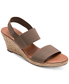 Andre Assous Allison Wedge Sandals