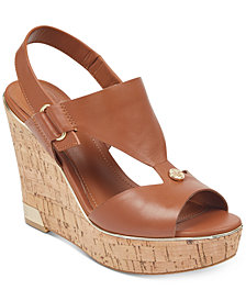 GUESS Women's Hulda Platform Wedge Sandals