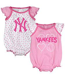 Outerstuff New York Yankees Heart Creeper Set, Infants (0-9 Months)