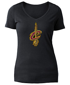 5th & Ocean Women's Cleveland Cavaliers Foil Outline Logo T-Shirt