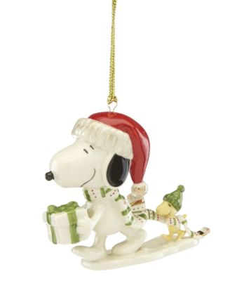 Snoopy Holiday Gift Ornament