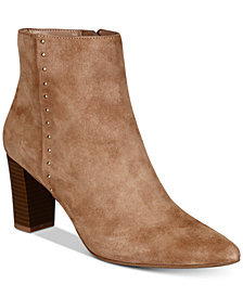 Bandolino Zoila Pointed-Toe Zip Booties