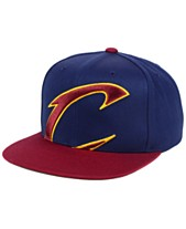 6c2a272234c Mitchell   Ness Cleveland Cavaliers Cropped XL Logo Snapback Cap