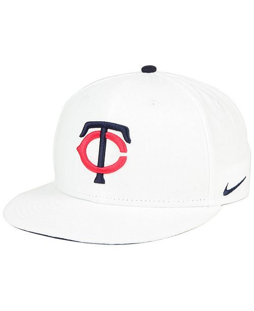 save off 89125 12e84 ... Nike Minnesota Twins White Ripstop Snapback Cap ...