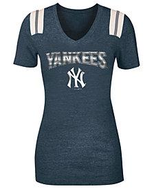 5th & Ocean Women's New York Yankees Shoulder Stripe Foil T-Shirt