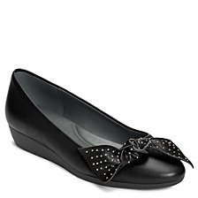 Aerosoles Research Flats