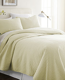 Home Collection Premium Ultra Soft Herring Pattern Quilted Coverlet Set, Queen