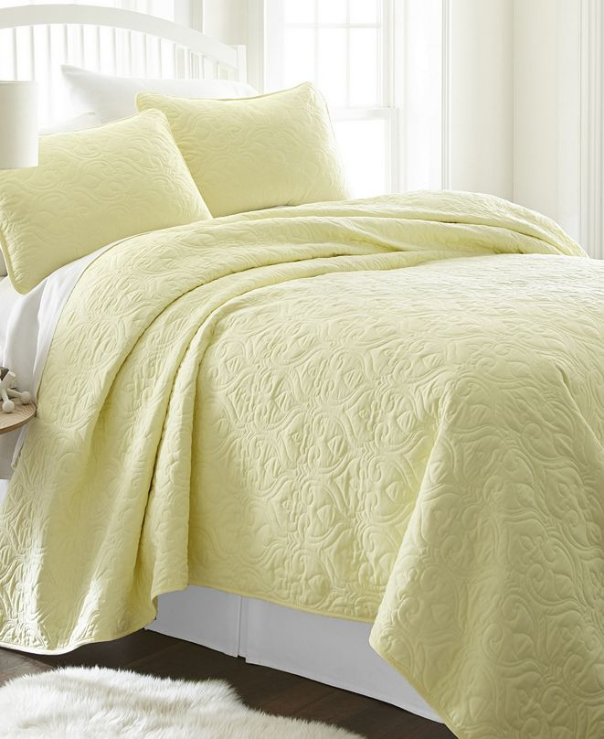 ienjoy Home Home Collection Premium Ultra Soft Damask Pattern Quilted Coverlet Set, King
