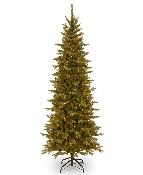 National Tree Company 7 .5' Feel Real(R) Sierra Spruce Slim Hinged Tree with 650 Clear Lights