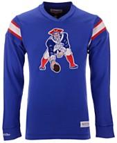 Mitchell   Ness Men s New England Patriots Team Captain V-Neck Long Sleeve T - 834d3c486