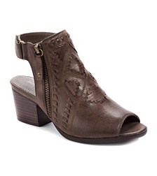 Baretraps Ivalyn Block-Heel Booties