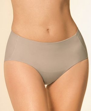 Simply Seamless Mid-Rise Sculpting Brief