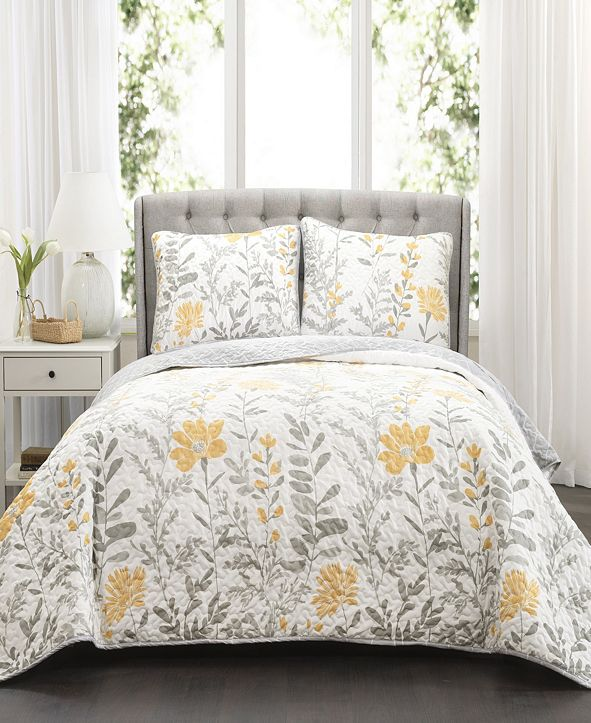 Lush Decor Aprile 3-Pc Set Full/Queen Quilt Set