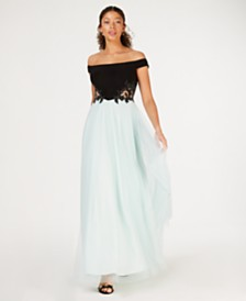 Blondie Nites Juniors' Off-The-Shoulder Appliqué Gown
