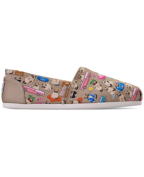 9d3b369559229 ... Skechers Women's Bobs Plush - Grumpy Vacay Bobs for Dogs and Cats  Casual Slip-On ...