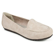 Cliffs By White Mountain Darina Moccasins