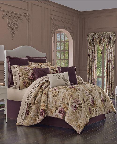J Queen New York J Queen Grace King Comforter Set
