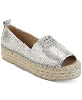 13a872f4c245 Silver Women s Sandals and Flip Flops - Macy s