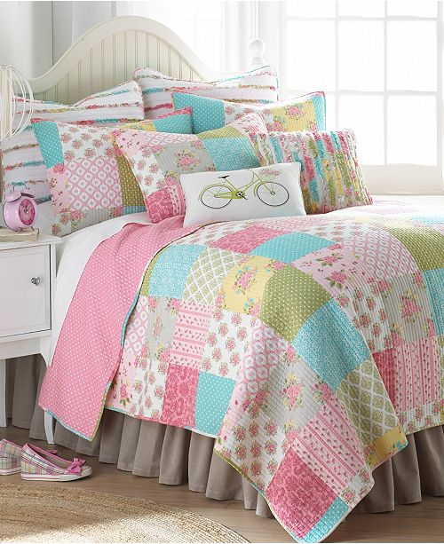Levtex Home Vintage Rose Garden Twin Quilt Set