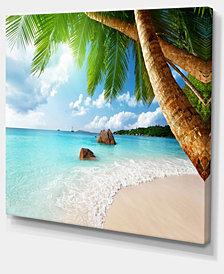 "Designart Praslin Island Seychelles Beach Seashore Photo Canvas Print - 40"" X 30"""