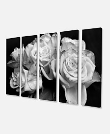 "Designart Bunch Of Roses Black And White Floral Art Canvas Print - 60"" X 28"" - 5 Panels"