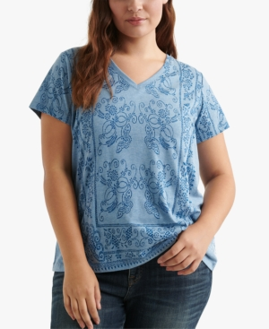 Lucky Brand T-shirts PLUS SIZE PRINTED V-NECK T-SHIRT
