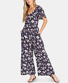 Juniors' Fluttering Heart Printed Jumpsuit