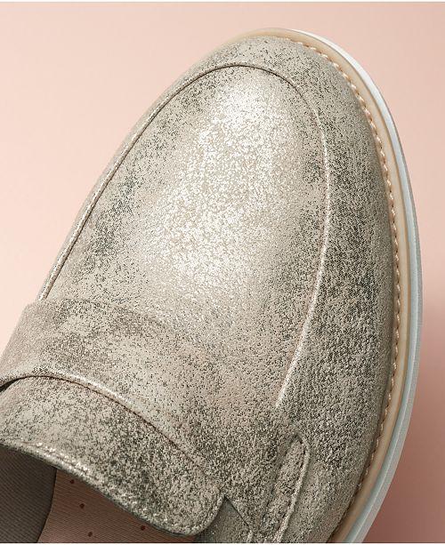 827ef9367874 Clarks Collection Women s Sharon Gracie Platform Loafers