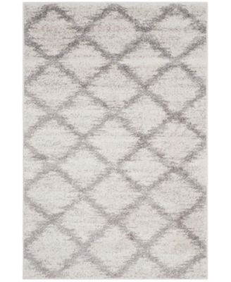 """Adirondack Ivory and Silver 5'1"""" x 7'6"""" Area Rug"""