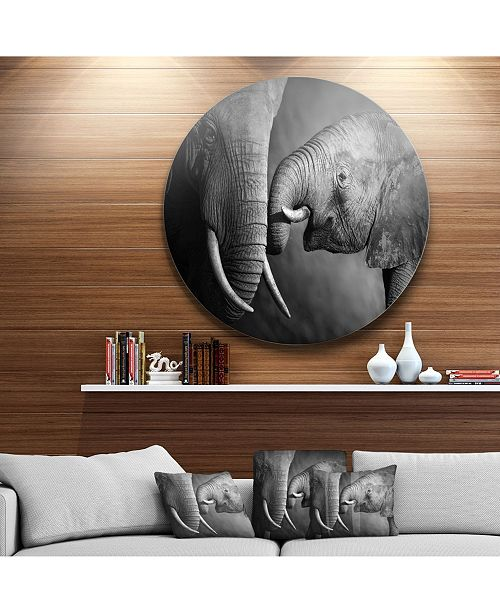 "Design Art Designart 'Elephants Showing Affection' Ultra Vibrant Abstract Metal Circle Wall Art - 23"" x 23"""