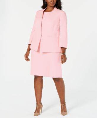 Plus Size Inverted-Collar Blazer