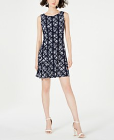 Connected Petite Printed Stretch Dress