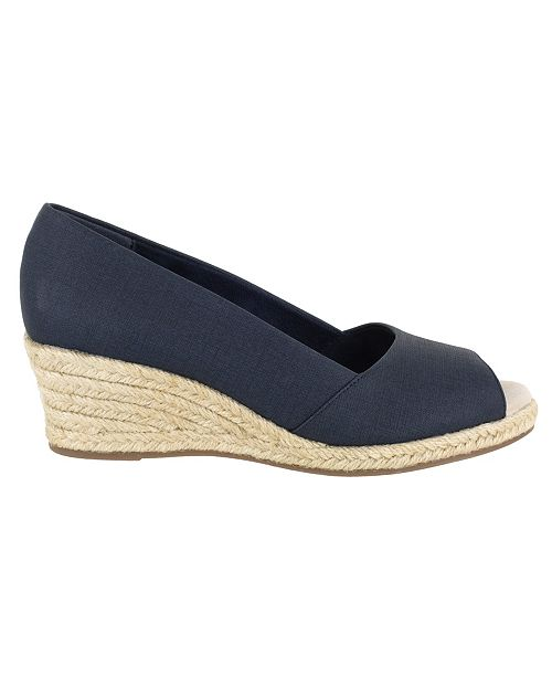 c6af5ffbc31e Easy Street Monique Espadrille Pumps   Reviews - Ladies Shoes - SLP ...