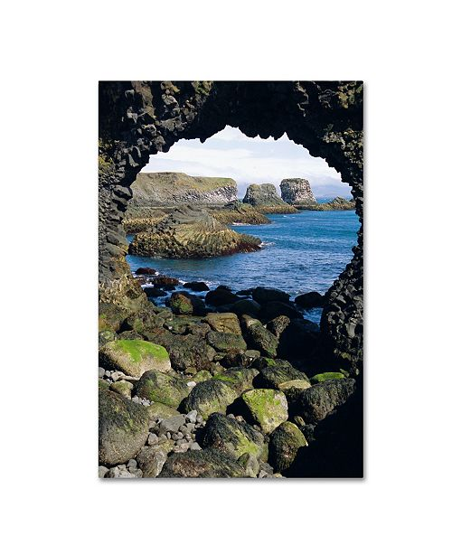 """Trademark Global Robert Harding Picture Library 'Arches' Canvas Art - 19"""" x 12"""" x 2"""""""