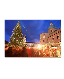 "Robert Harding Picture Library 'Christmas 9' Canvas Art - 47"" x 30"" x 2"""