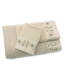 Sproutin Embroidered 3 Piece Bath Towel Set