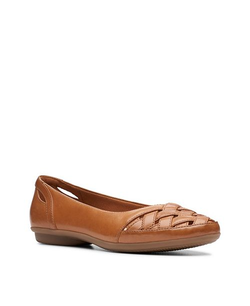 Clarks Collection Women's Gracelin Maze Flats