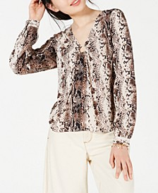 Juniors' Printed Ruched O-Ring Blouse