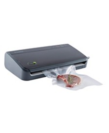 FoodSaver® FM2106  Vacuum Sealing System for Food Preservation with Bonus Pack Ins