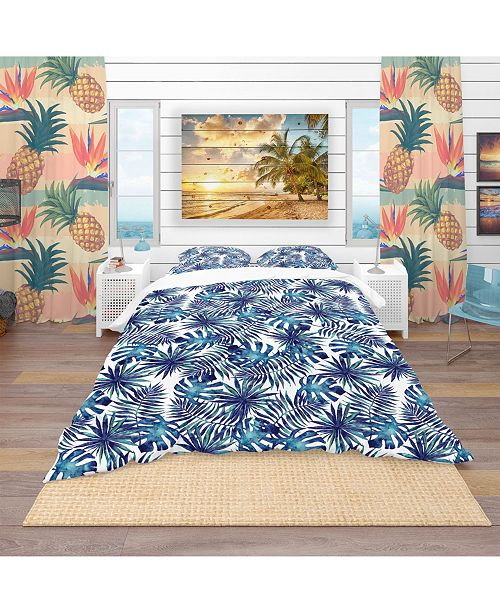Design Art Designart 'Leaves And Brunches Of Tropical Plants' Tropical Duvet Cover Set - Queen