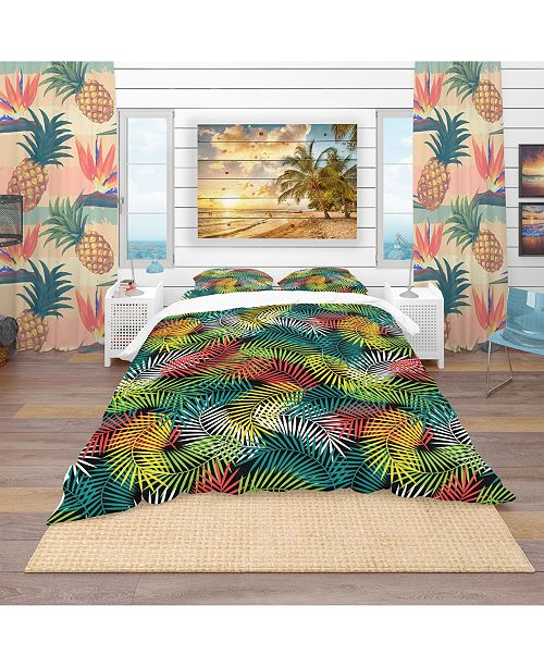 Design Art Designart 'Tropical Pattern With Stylized Coconut Palm Leaves' Tropical Duvet Cover Set - King