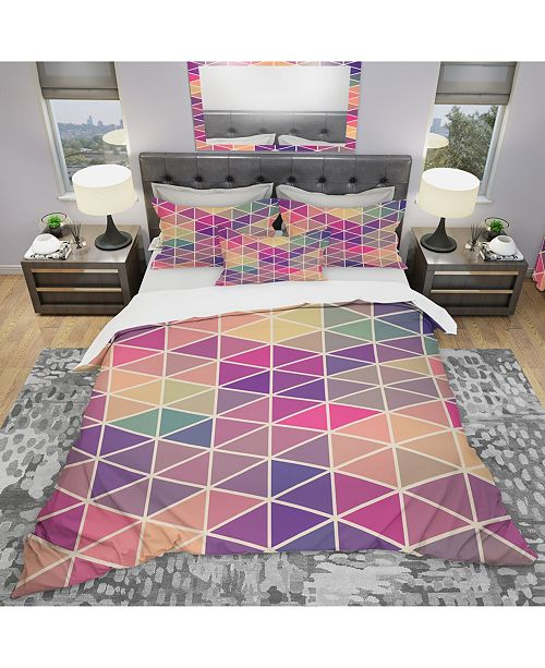 Design Art Designart 'Retro Pattern Of Geometric Shapes' Modern Duvet Cover Set - Queen