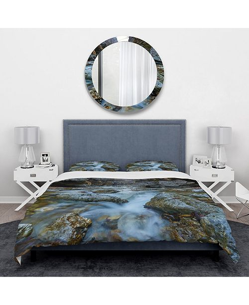 Design Art Designart 'Blue Water In River' Traditional Duvet Cover Set - King