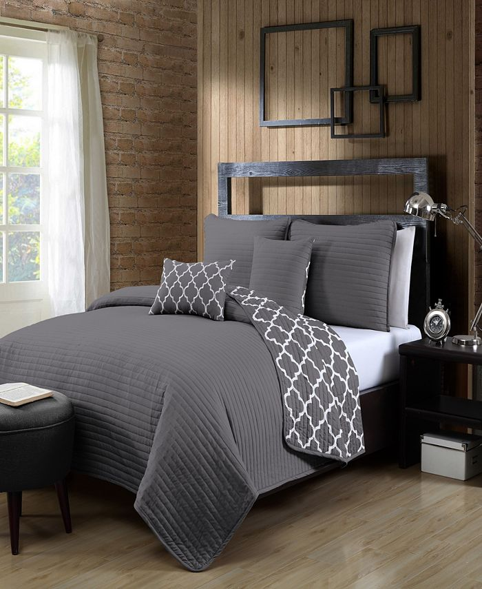 Avondale Manor - Griffin 5pc King Solid with Quatrafoil Reverser Quilt Set with Throw Pillows