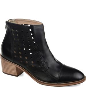 Women's Ulima Booties Women's Shoes